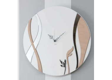 round watch with wood and plexiglass wall