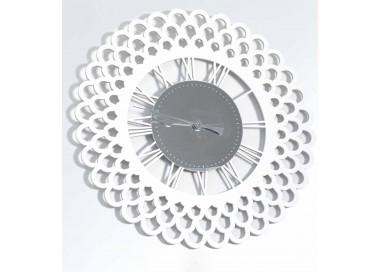 montre ronde avec du bois et de plexiglas, mur